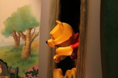 many_adventures_of_winnie_of_pooh_at_hong_kong_disneyland